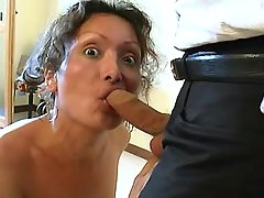 Mature shemale in latex seduces man
